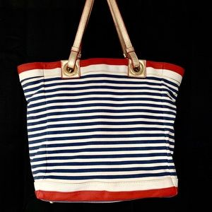 Lilly Pulitzer Bags - LILLY PULITZER Cabana Makewaves Tote Beach Bag